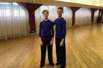 Танцоры S и М класса: братья Ануреевы